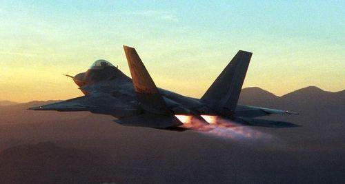 F-22 ラプター by ウィキペディア