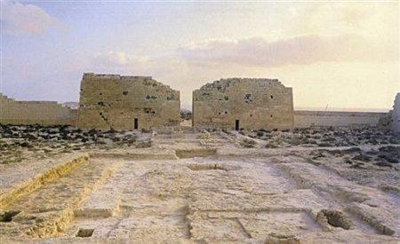 エジプト・アレクサンドリア西部の神殿タップ・オシリス・マグナ by エジプト考古最高評議会